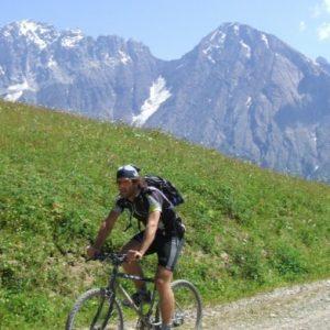 khevi-mountain-bike-tour54fff4e82bc21