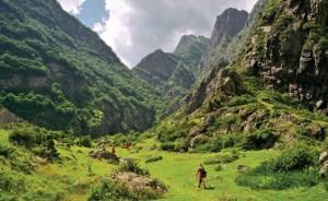 svaneti-trekking-tour54ddb17a0c98a